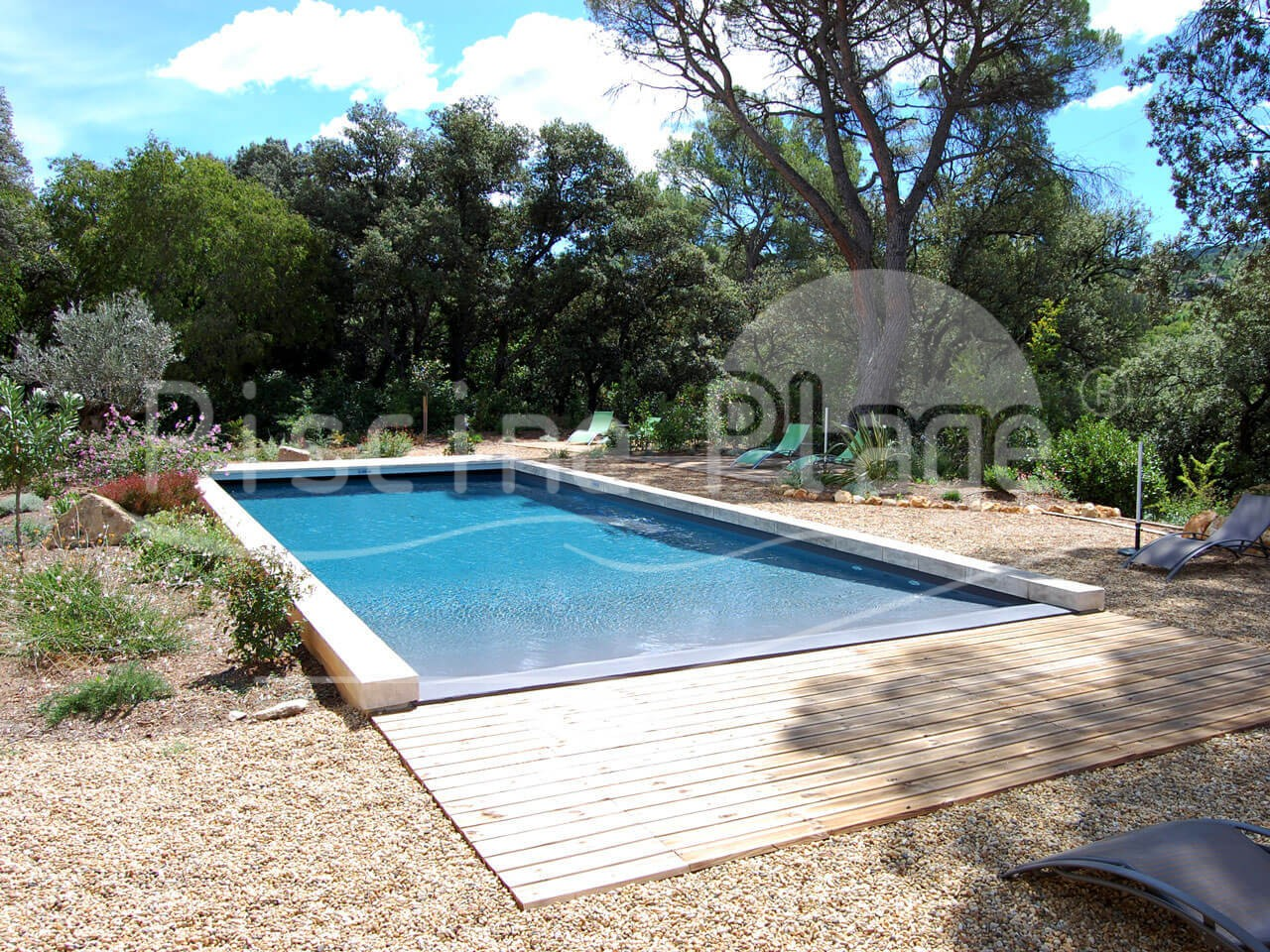 Design piscine contemporaine plage bois besancon 1321 for Piscine center
