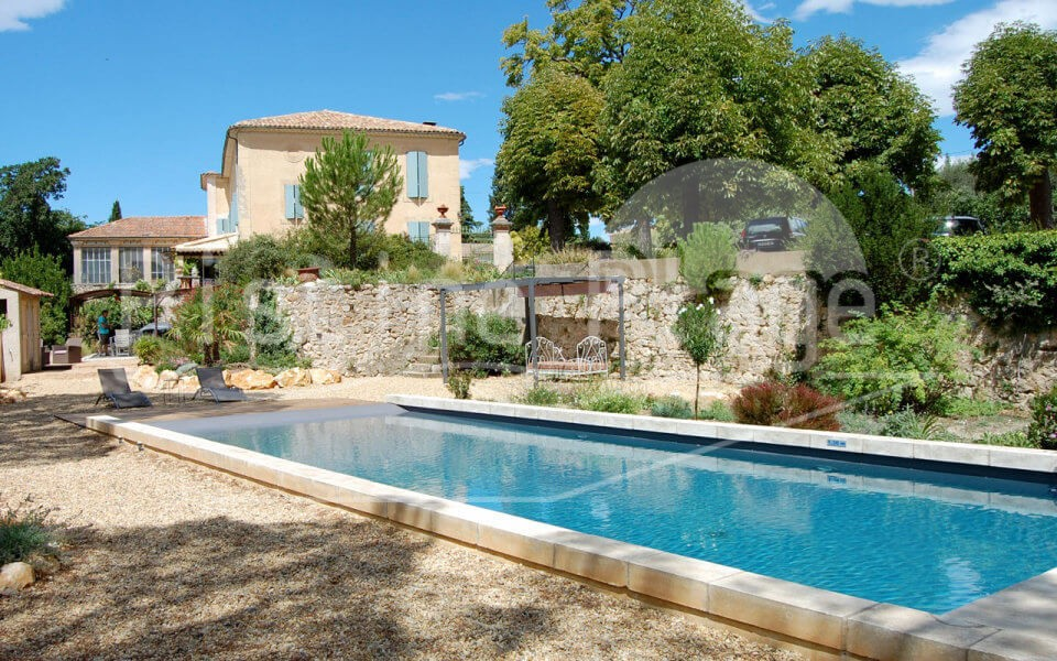 construction de piscine cavaillon vaucluse 84