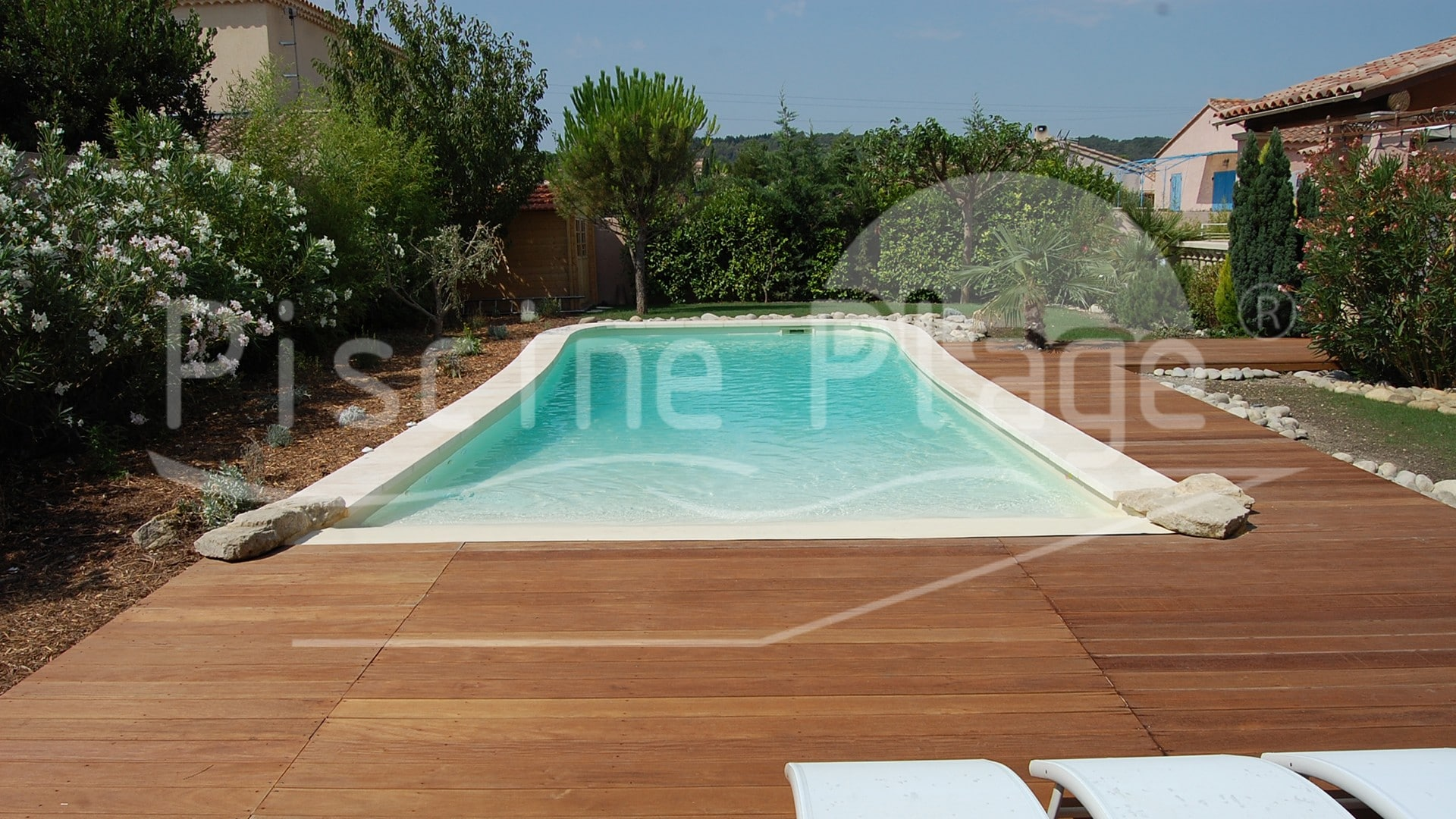 Piscine naturelle cologique et innovante piscine plage for Piscine design plage